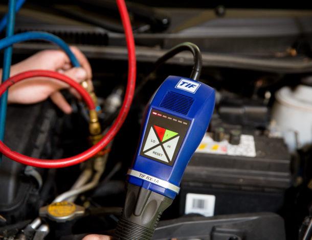 foto airco onderhoud autobedrijf Flik Lemelerveld