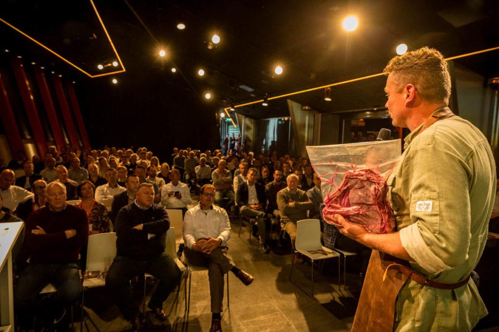 Kolenboertje bbq presentatie publiek